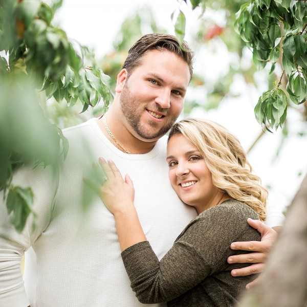 Heather & Mike's Engagement - Lyman Orchards