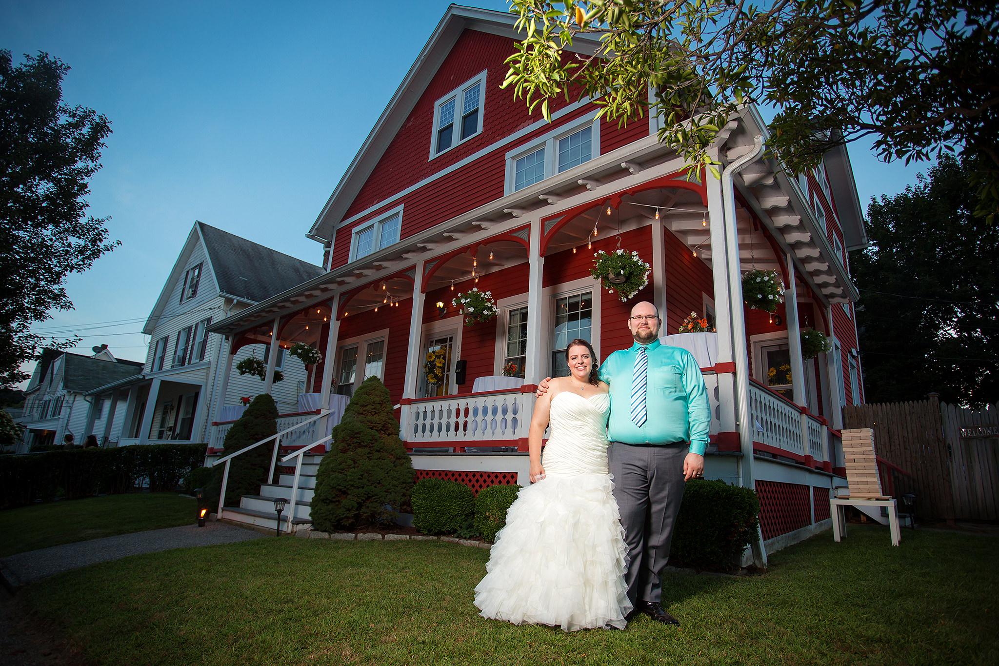 lisa tom backyard wedding shelton ct fritz photography